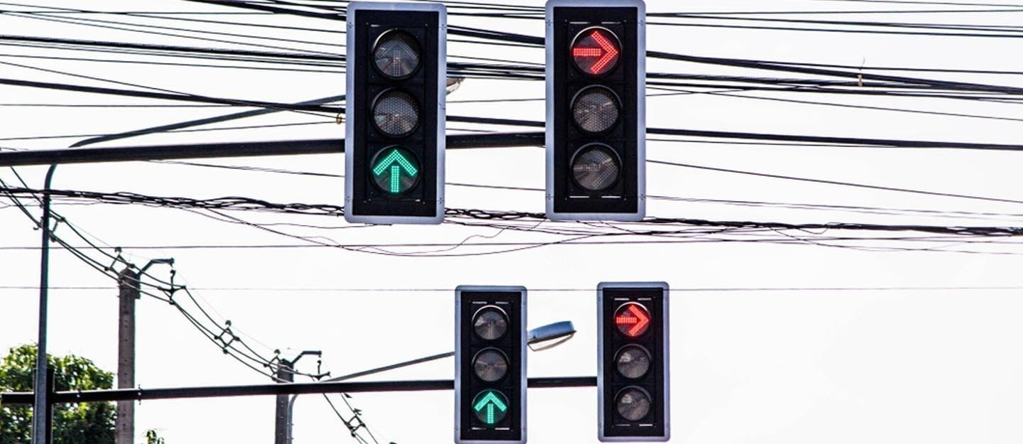 traffic signals on a busy route of Dubai