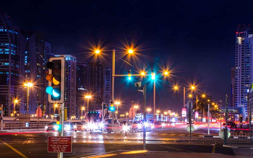 Traffic signal in Dubai